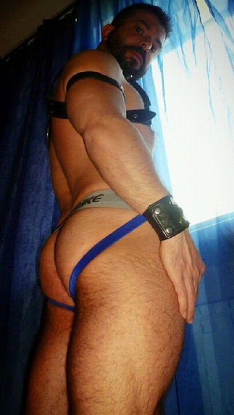 Bulgarian Beefcake George showing off his assets!