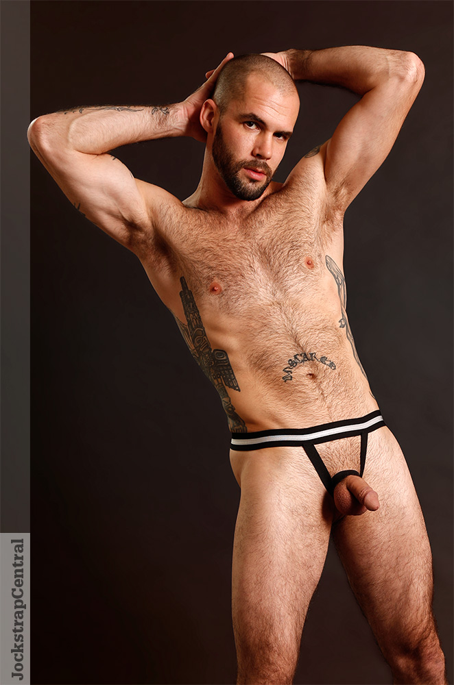 Jockstrap Central model Derek wearing Raw Studio's C-Scoop Ball Lifter